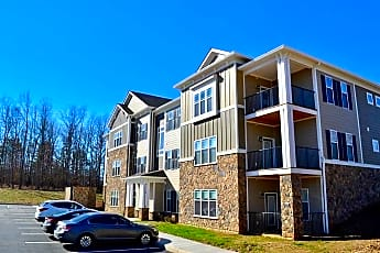 Building, Stonegate At The Crossroads Apartments, 0