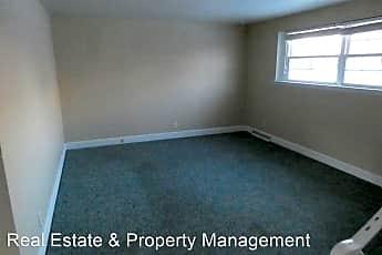 Bedroom, 2105 N Atlantic Ave, 2
