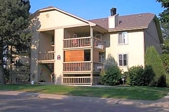1672 Riv gen extr new.jpg, 1672 Riverside Ave., 0