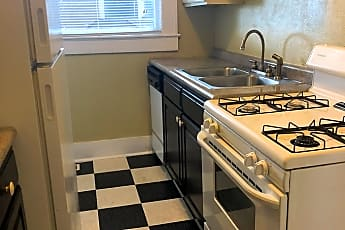 Kitchen, 724 29th St S, 0