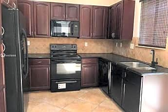 Kitchen, 21219 NW 14th Pl, 2