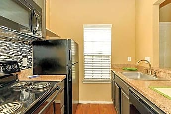 Kitchen, 5800 Northwest Dr, 0