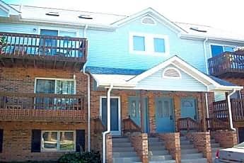 Building, 392 Pinewood Drive, 0