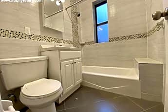 Bathroom, 400 W 187th St, 2