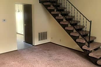 Living Room, 735 E 18th St, 0