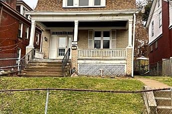 110 Maywood St, 0