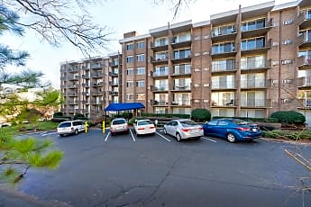 Building, University Apartments - Chapel Hill - PER BED LEASE, 0