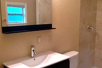 Bathroom, 1114 Brownell St, 1