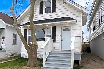 Building, 208 N Suffolk Ave, 0