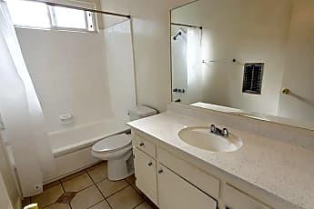 Kitchen, 128 S Mariposa Ave, 2