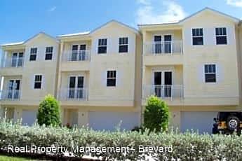 Building, 870 #4 VIGNOLES AVENUE NE, 0