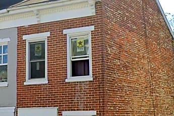 Building, 318 S Queen St, 0