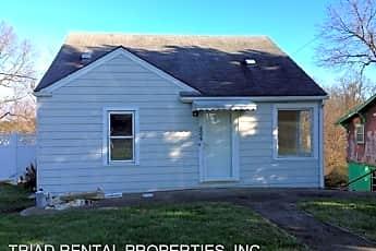 Building, 424 Greensboro St, 0