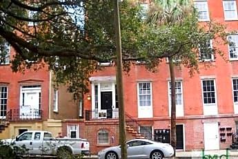 Building, 203 E York St 7, 0