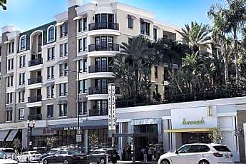 Building, 560 Caruso Ave, 1