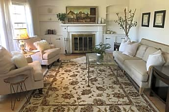 Living Room, 122 Garden Ct, 0