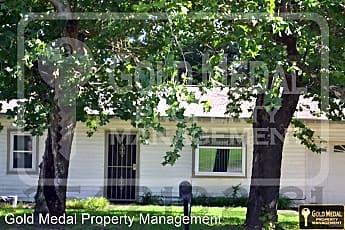 Building, 1208 E Avenue H, 0