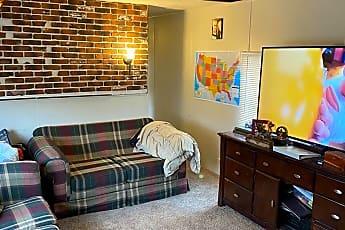 Bedroom, 515 N 400 W, 1