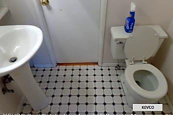 Bathroom, 1521 Crestmore Pl, 2