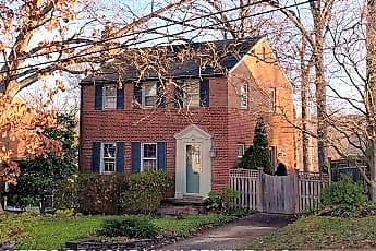 Building, 1025 N Larrimore St, 0