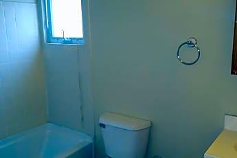 Bathroom, 517 S Merritt Mill Rd, 2