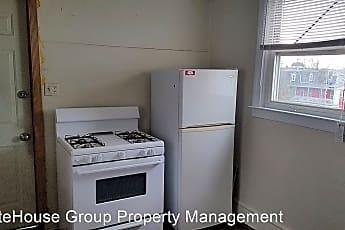 Kitchen, 736 W Poplar St, 1