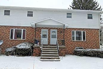 Building, 10950 Oak St, 0