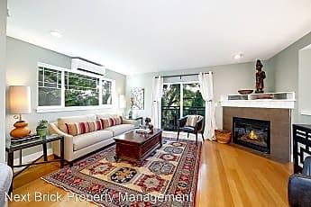 Living Room, 500 21st Ave, 0