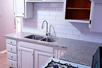 Kitchen, 1932 N Garland St, 2