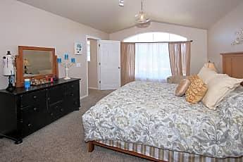 Bedroom, Crestview dr, 2