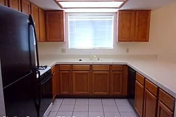 Kitchen, 1457 Bellglen Dr, 2