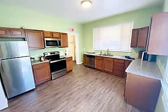 Kitchen, 45 Oak St, 0