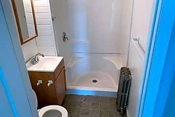 Bathroom, 300 Arnold Ave, 2