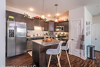 Kitchen, 755 Summit Dr, 0