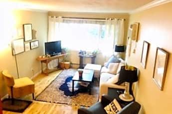 Living Room, 3024 Humboldt Ave S, 0