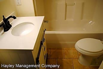 Bathroom, 507 Fruitland Ave, 1