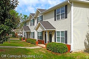 Building, 636 Eugenia St, 0