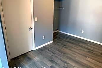 Bedroom, 537 Huron Dr W, 2