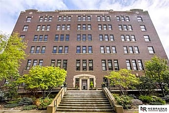 Building, 105 S 9th St 611, 0