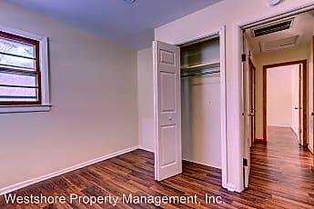 Bedroom, 1422 E Summit Ave, 2