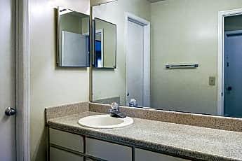 Bathroom, Cameron Crossing, 2
