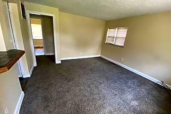 Living Room, 915 W 3rd St, 0