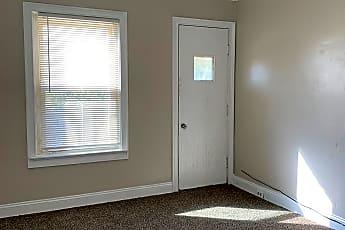 Living Room, 16428 Braddock Ave, 0