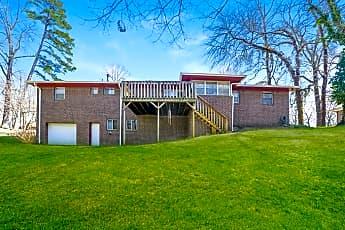 2000 Thornhill Rd, 2