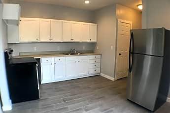 Kitchen, 526 S Shawnee Ave, 0