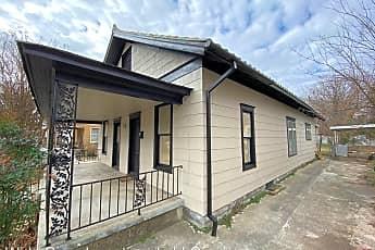 Building, 624 N Hobson Ave, 2