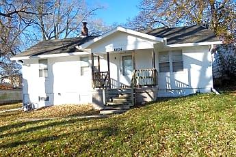 Building, 4404 N Jackson Ave., 0