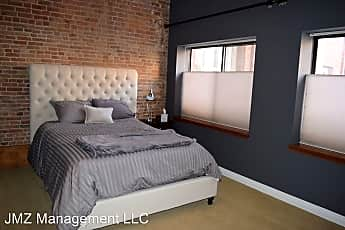 Bedroom, 120 W Washington St, 1