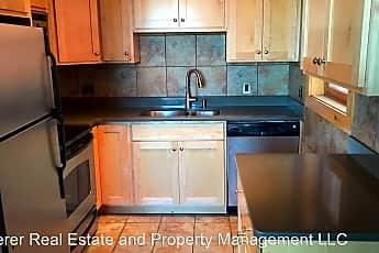 Kitchen, 111 W 24th St, 0