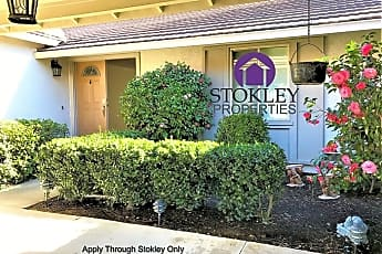 Community Signage, 2828 Bowling Green Dr, 1